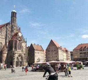 紐倫堡必玩-Nürnberger Hauptmarkt 中央市集廣場