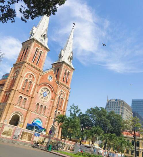 胡志明必玩-西貢聖母大教堂 Nhà thờ Đức Bà Sài Gòn (紅教堂)