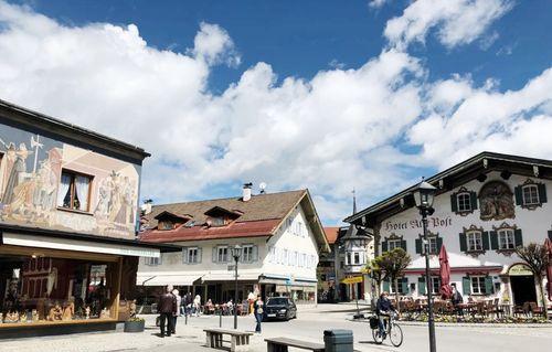 慕尼黑必玩-Oberammergau 上阿瑪高 = 上阿默高 = 奧伯阿梅爾高