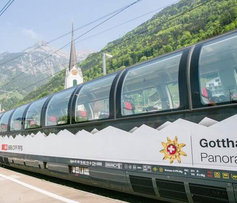 瑞士必搭-Gotthard Panorama Express 哥達景觀列車