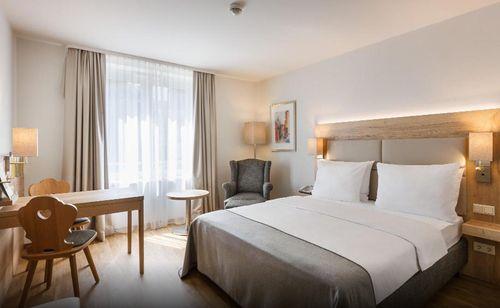 小資精選網紅飯店-紐倫堡市中心假日飯店 - Holiday Inn Nürnberg City Centre
