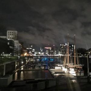 德國杜塞道夫必玩-Rheinufer Promenade 萊茵河畔散步道