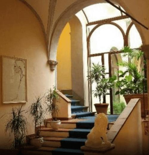 小資精選網紅飯店-聖吉米尼亞諾 Leon Bianco