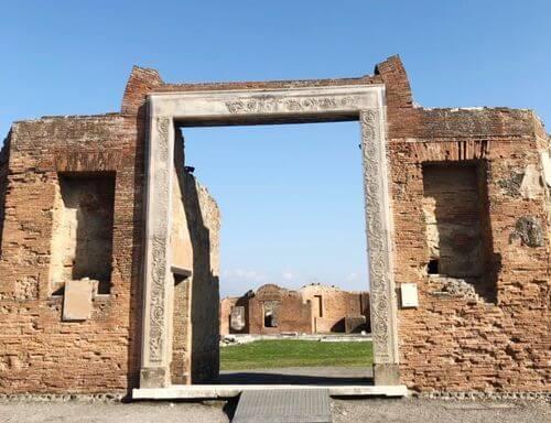 義大利龐貝 = 蓬佩伊 Pompeii 必玩 - Regio VII 15 Portico of Concordia Augusta - Building of Eumachia (義 Portico della Concordia Augusta - Edificio di Eumachia)