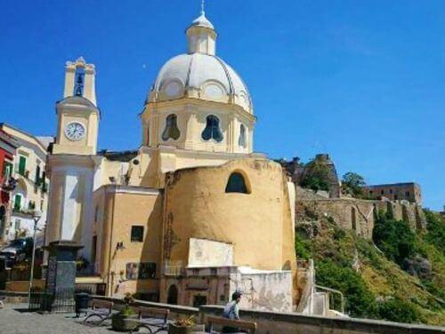 義大利普羅奇達島 Isola di Procida 必玩 - Santa Maria delle Grazie 聖瑪麗亞教堂