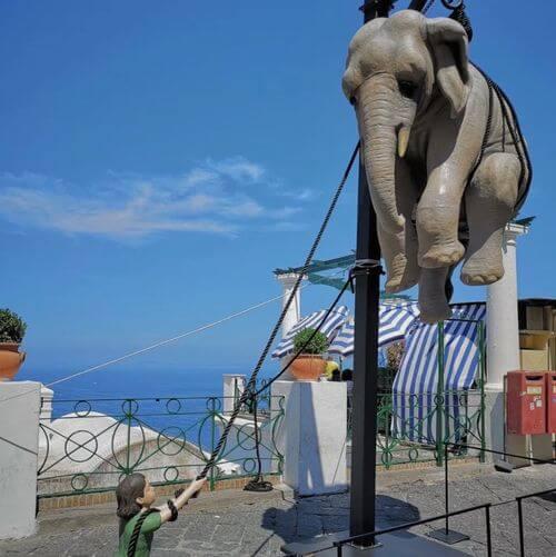 義大利卡布里島 ISOLA DI CAPRI 必玩 - Piazza Umberto I = La Piazzetta 翁貝托一世廣場 = 小廣場