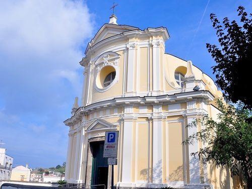 義大利伊斯基亞島攻略 ISOLA D'ISCHIA 必玩 -Santa Maria delle Grazie (S. Pietro) 聖瑪麗亞教堂