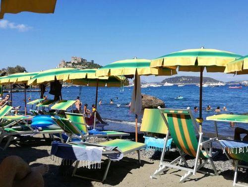 義大利伊斯基亞島攻略 ISOLA D'ISCHIA 必玩 -Spiaggia di Cartaromana 海灘