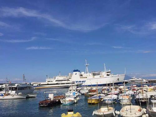 義大利卡布里島 ISOLA DI CAPRI 必玩 - Marina Grande 大港