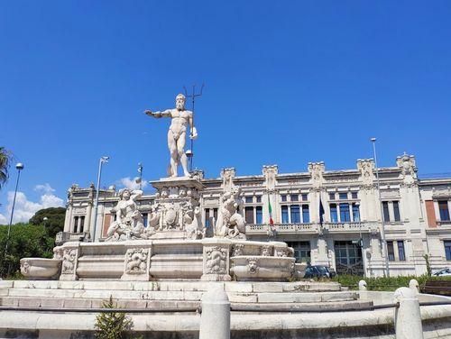 義大利墨西拿 = 美西納 Messina 必玩 - Fontana di Nettuno 海王星噴泉