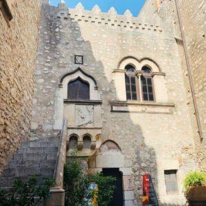 義大利陶爾米納 Taormina (西西里語 Taurmina) 必玩 - Palazzo Corvaja 科瓦亞宮