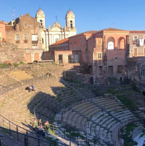 義大利卡塔尼亞 Catania 必玩 - Teatro Romano 古羅馬劇場