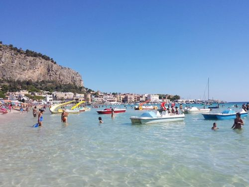 義大利巴勒莫 Palermo 必玩 - Spiaggia di Mondello 蒙德羅海灘