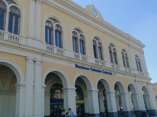 義大利Stazione di Catania Centrale 卡塔尼亞中央車站
