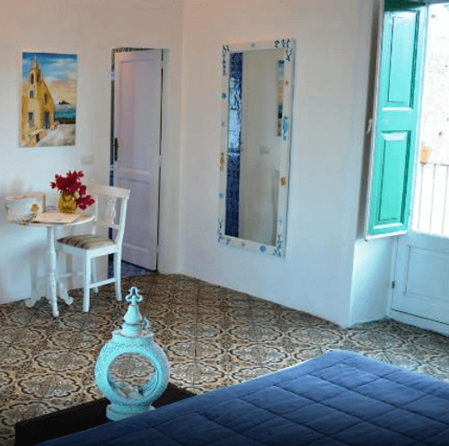 小資精選網紅飯店-帕納雷阿島 Appartamento Acquamarina