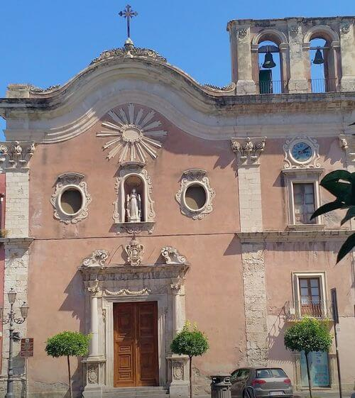 義大利米拉佐 Milazzo (西西里語 Milazzu) 必玩 - Chiesa del Carmine 胭脂紅教堂