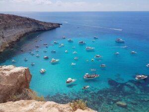 義大利蘭佩杜薩島 Isola di Lampedusa 必玩 - La Tabaccara 飛船海灣