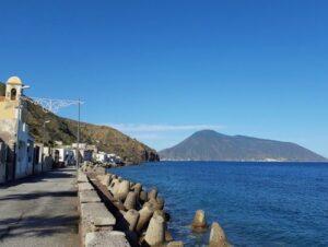 義大利利帕里島 ISOLA DI LIPARI 必玩 - Spiaggia di Acquacalda 阿誇卡爾達海灘