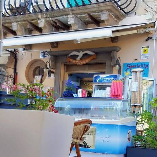 義大利利帕里島 ISOLA DI LIPARI 必吃 -Bar Il Gabbiano