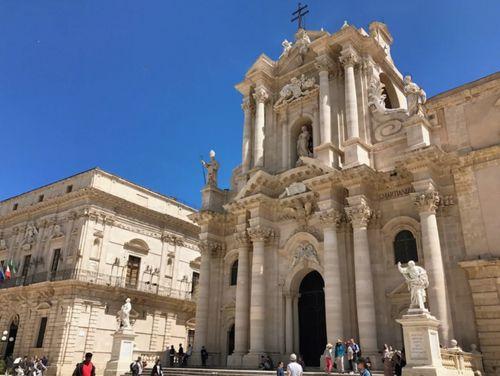 義大利錫拉庫薩 = 敘拉古 Siracusa (Syracuse) 必玩 - Duomo di Siracusa 錫拉庫薩主教座堂