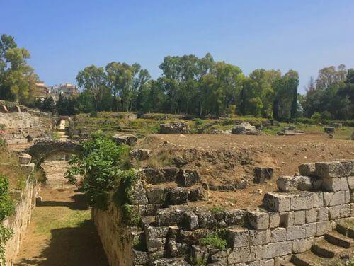 義大利錫拉庫薩 = 敘拉古 Siracusa (Syracuse) 必玩 - Anfiteatro Romano 古羅馬鬥獸場