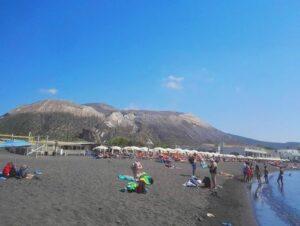 義大利武爾卡諾島 ISOLA DI VULCANO 必玩 - Spiaggia Sabbie Nere 黑沙海灘