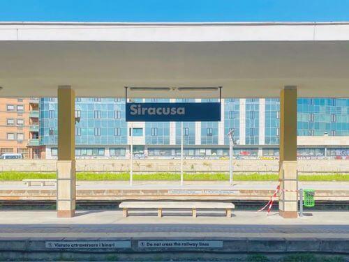 義大利錫拉庫薩 = 敘拉古 Siracusa (Syracuse) 必玩 - Stazione di Siracusa 錫拉庫薩火車站