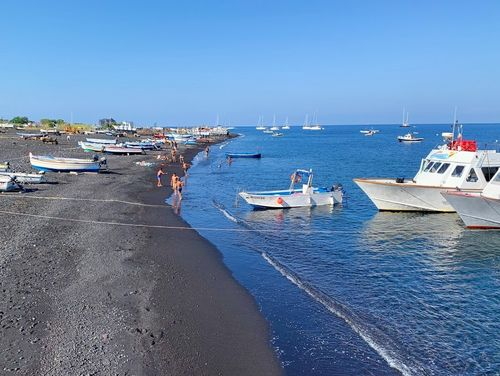 義大利斯特龍伯利島 ISOLA DI STROMBOLI 必玩 -Spiaggia di Scari 海灘