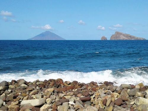 義大利帕納雷阿島 ISOLA DI PANAREA 必玩 -Spiaggia della Calcara 海灘