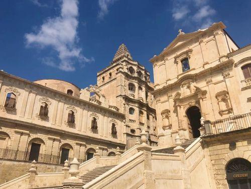 義大利諾托 Noto (西西里語 Notu) 必玩 - Chiesa di S. Francesco d'Assisi all'Immacolata dei Frati minori Conventuali 聖佛朗西斯科教堂