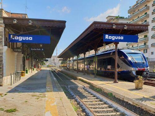 義大利拉古薩 Ragusa (西西里語 Rausa)必玩 - Stazione di Ragusa 拉古薩火車站