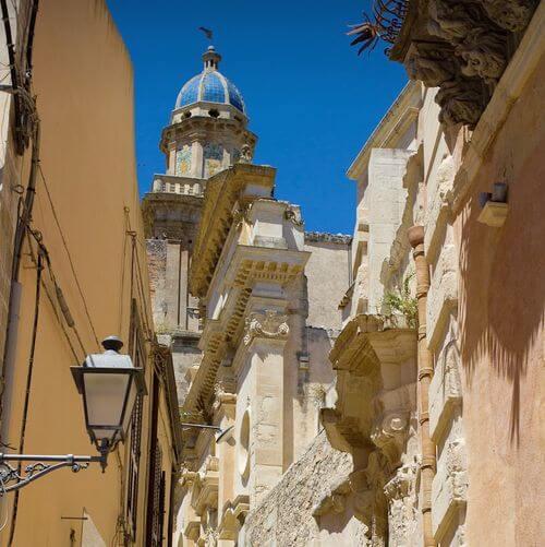 義大利拉古薩 Ragusa (西西里語 Rausa)必玩 - Chiesa di Santa Maria dell'Itria 聖瑪麗亞.戴爾伊特里亞教堂