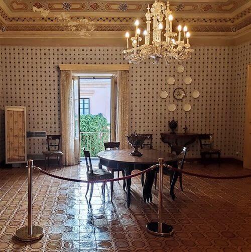 義大利諾托 Noto (西西里語 Notu) 必玩 - Palazzo Nicolaci di Villadorata 尼古拉宮