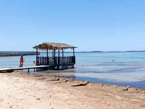 義大利馬薩拉 Marsala (西西里語 Maissala) 必玩 - Spiaggia di San Teodoro 聖特奧多羅海灘