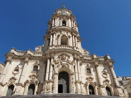 義大利莫迪卡 = 莫迪克 Modica (西西里語 Muòrica)必玩 - Duomo di San Giorgio 聖喬治大教堂