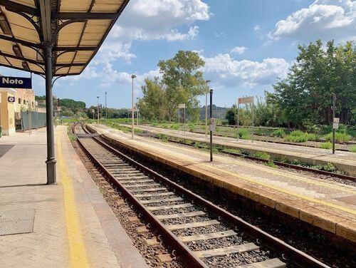 義大利Stazione di Noto 諾托火車站