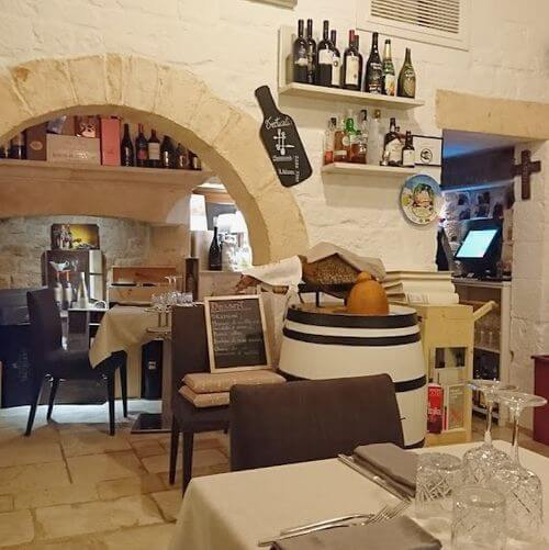 義大利阿爾貝羅貝洛 Alberobello (巴里方言 Ajarubbédde)必吃 - Favola in Tavola ristorante