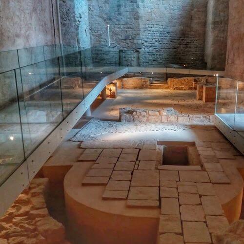 義大利巴里 Bari (巴里方言 Bare) 必玩 - Museo Archeologico di Santa Scolastica 聖斯科拉塔考古博物館