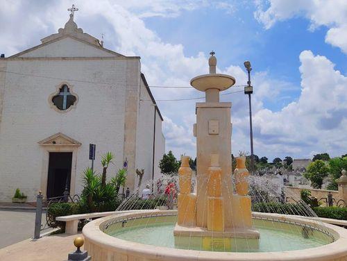義大利阿爾貝羅貝洛 Alberobello (巴里方言 Ajarubbédde)必玩 - Chiesa Rettoria Oratorio SS.Sacramento e S.Lucia Compatrona 聖露西亞教堂