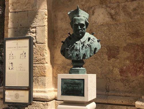 義大利波利尼亞諾·阿·馬雷 Polignano a Mare (巴里方言 Peghegnéne a Mare)必玩 - Chiesa del Purgatorio 煉獄教堂