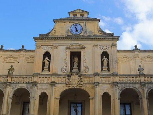 義大利萊切 = 萊可仕 = 雷契 Lecce 必玩 - Palazzo Arcivescovile 大主教宮