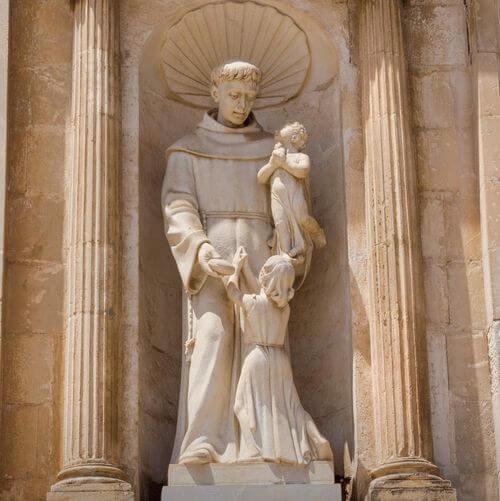 義大利奧斯圖尼 Ostuni (巴里方言 Ostune)必玩 - Parrocchia San Francesco d'Assisi 聖弗朗切斯科·達西西教堂