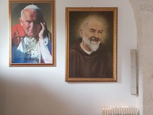 義大利阿爾貝羅貝洛 Alberobello (巴里方言 Ajarubbédde)必玩 - Chiesa a Trullo Parrocchia Sant'Antonio di Padova 聖安東尼奧教堂