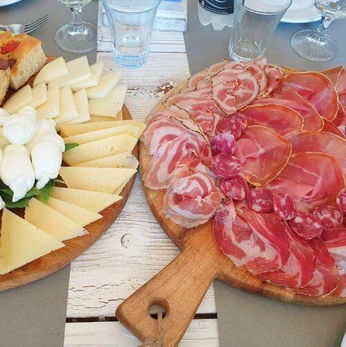 義大利阿爾貝羅貝洛 Alberobello (巴里方言 Ajarubbédde)必吃 - Così Com'era