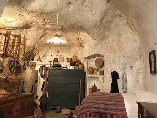 義大利馬泰拉 Matera必玩 -Storica Casa Grotta di Vico Solitario nei Sassi di Matera 維科索利塔里奧歷史洞穴屋