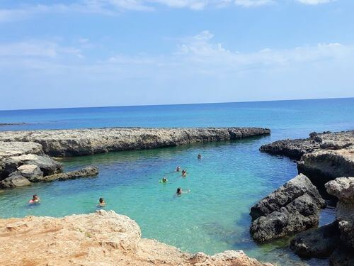 義大利奧斯圖尼 Ostuni (巴里方言 Ostune)必玩 - Spiaggia Costa Merlata 科斯塔·梅拉塔海灘