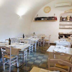義大利奧斯圖尼 Ostuni (巴里方言 Ostune)必吃 - Osteria Monacelle