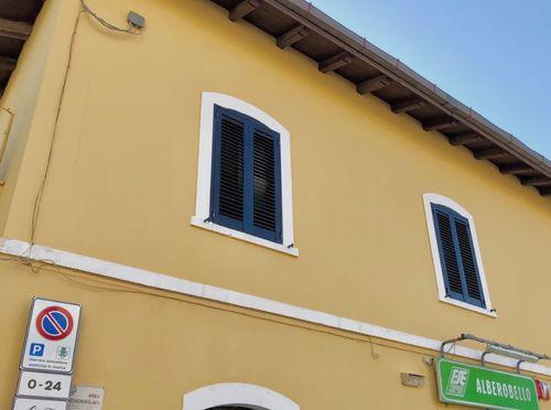 義大利阿爾貝羅貝洛 Alberobello (巴里方言 Ajarubbédde)必玩 - Stazione di Alberobello 阿爾貝羅貝洛火車站