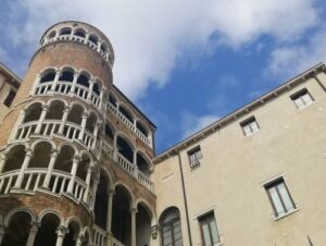 義大利威尼斯 Venice 聖馬可區 Sestiere San Marco 必玩 - Palazzo Contarini del Bovolo = Scala Contarini del Bovolo 蝸牛宮