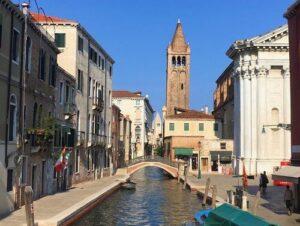 義大利威尼斯 Venice 多爾索杜羅區 Sestiere Dorsoduro 必玩 - Ponte dei Pugni 拳頭橋